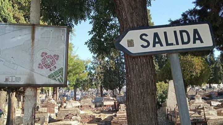 Abandono de tumbas y nichos deteriorados en La Almudena: ¿responsabilidad del titular del enterramiento?
