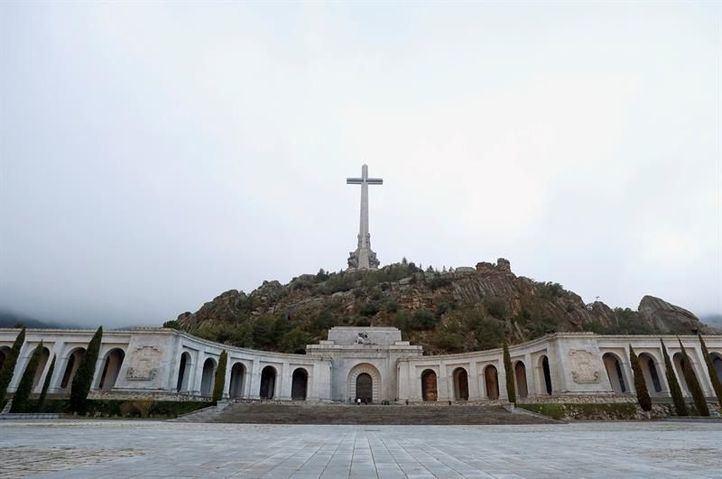 Valle de los Caídos: exhumación de Franco