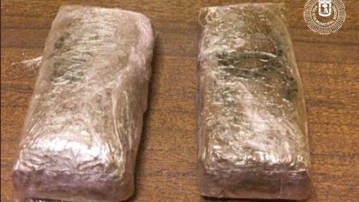 Detenido un joven de 18 años en un parque infantil con 200 gramos de hachís