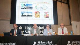 Primera mesa de debate, dedicada a las nuevas formas de sostenibilidad