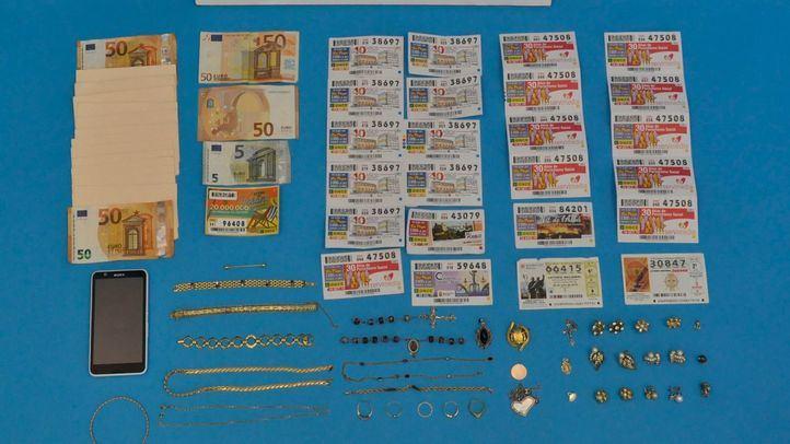 Detenidas tres hermanas por estafar 17.000 euros con el timo del 'tocomocho'