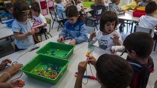 Niños en su clase
