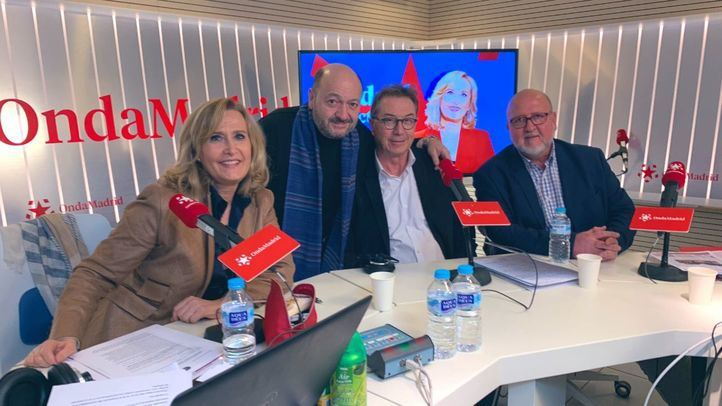 Nieves Herrero y Constantino Mediavilla junto a los secretarios de CCOO y UGT