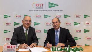 El acuerdo suscrito por el presidente de la Real Federación Española de Tenis, Miguel DíaznRomán; y por el director de Comunicación y Relaciones Institucionales de El Corte Inglés, José Luis González-Besada.