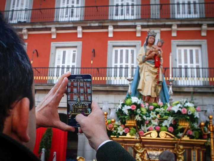 Cortes de tráfico por la procesión de la Almudena este sábado