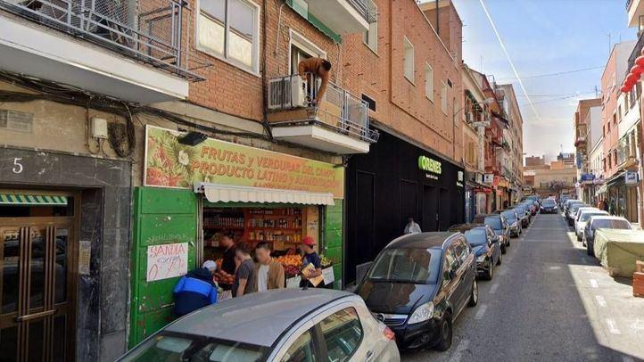 Una de las fruterías inspeccionadas por la Policía Municipal de Madrid