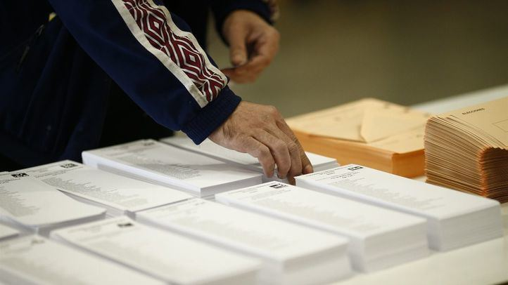 El PSOE gana en la mayor parte de los municipios madrileños en los que Vox asciende a tercera fuerza política.