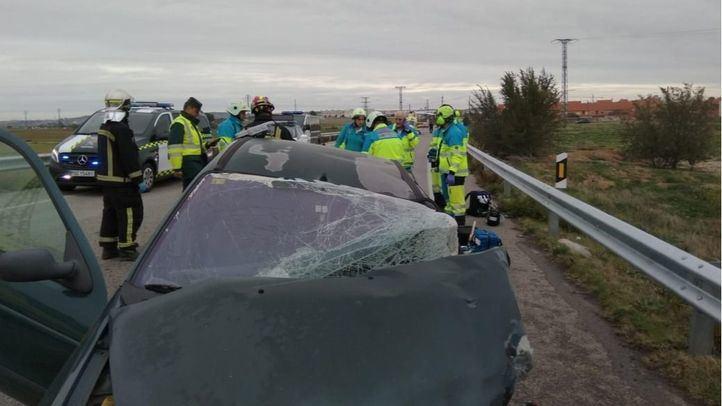 Se ha producido una colisión múltiple entre un turismo, una furgoneta y un camión.