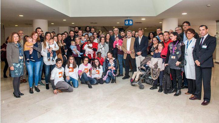 Manuel Sánchez Luna recibe el Patuco de Honor de la Asociación de Padres de Niños Prematuros
