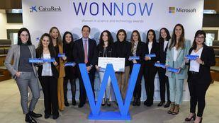 CaixaBank y Microsoft galardonan a las mejores alumnas de grados universitarios técnicos
