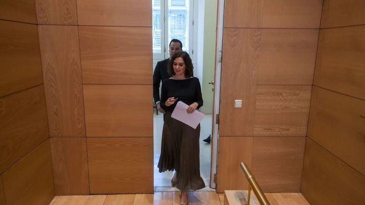 Ayuso reta a Serra: 'Si tiene dudas acuda a los tribunales'