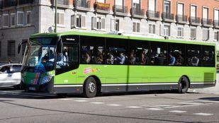 Una prueba piloto permitirá a mujeres y niños solicitar bajarse de su autobús fuera del itinerario