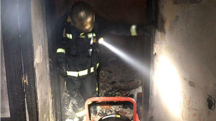 Heridas tres personas al incendiarse su casa en Valdemorillo