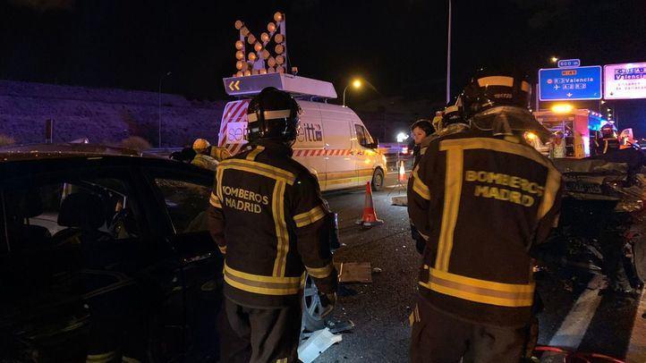Fallece un hombre de 49 años en un accidente con tres vehículos implicados