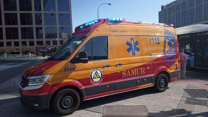 Un motorista de 52 años, grave tras chocar contra un vehículo