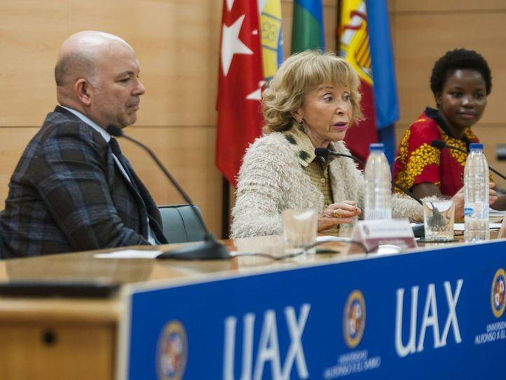 MªTeresa Fernández de la Vega y la UAX valoran el empoderamiento femenino y la educación