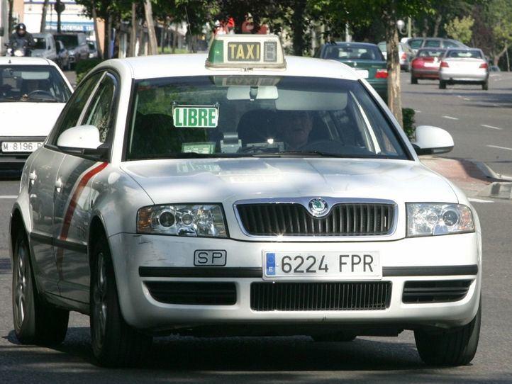 Los taxistas piden al Ayuntamiento que rectifique por