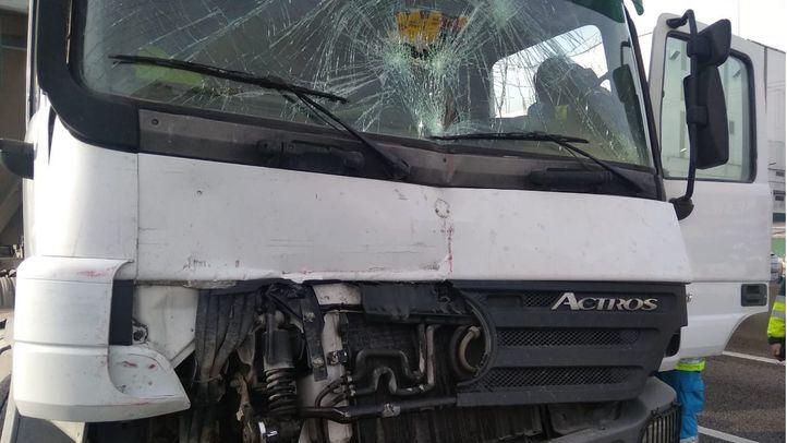 Cuatro heridos en Fuenlabrada tras chocar tres camiones y dos turismos