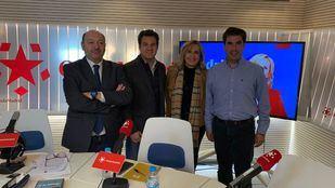 Los alcaldes de Mejorada del Campo, Jorge Capa Carralero (PSOE), y Las Rozas, José de la Uz (PP), debatieron en Com.Permiso.