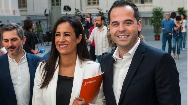 Begoña Villacís e Ignacio Aguado