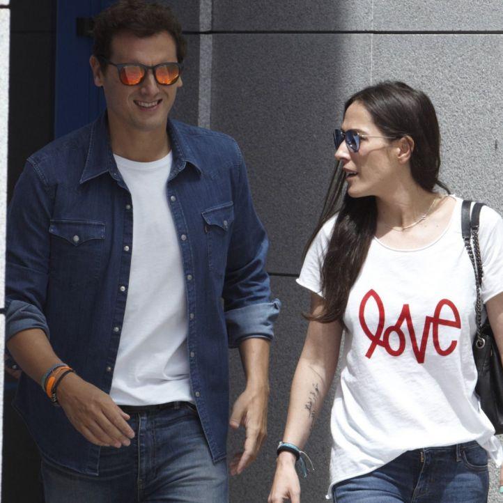 Rivera y Malú confirman que se convertirán en padres