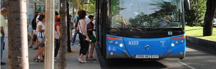 Foto de archivo del servicio especial de autobuses de la EMT entre Atocha y Nuevos Ministerios.