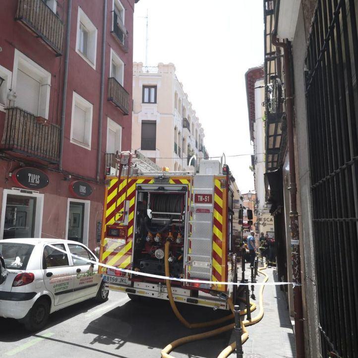 Sofocado un incendio en el laboratorio químico de un instituto en Ciudad Lineal