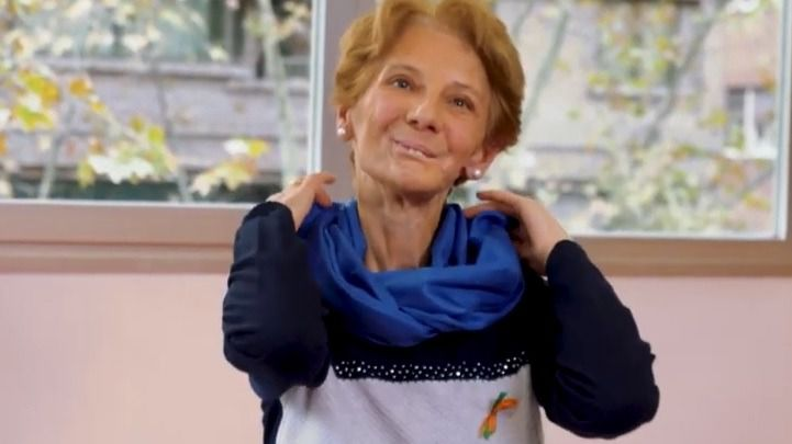 Fundación Merck Salud lanza la campaña 'Bufandas Azules': cuando la concienciación puede salvar vidas