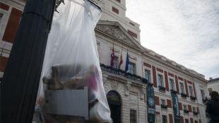 Las papeleras de plástico vuelven al centro en Navidad y serán habituales en los grandes eventos