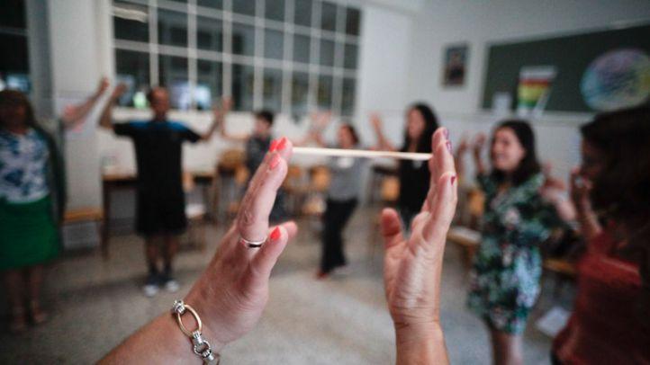 Los intérpretes y asesores de lengua de signos de la Comunidad de Madrid van a la huelga