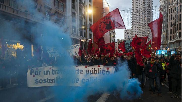 Manifestación de trabajadores de EMT en la jornada de huelga de 24 horas.