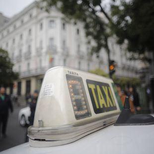 Aprobada la tarifa cerrada del taxi, con descuento del 10% en episodios de alta contaminación