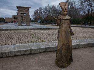 Las estatuas vivientes llenan de magia el Templo de Debod