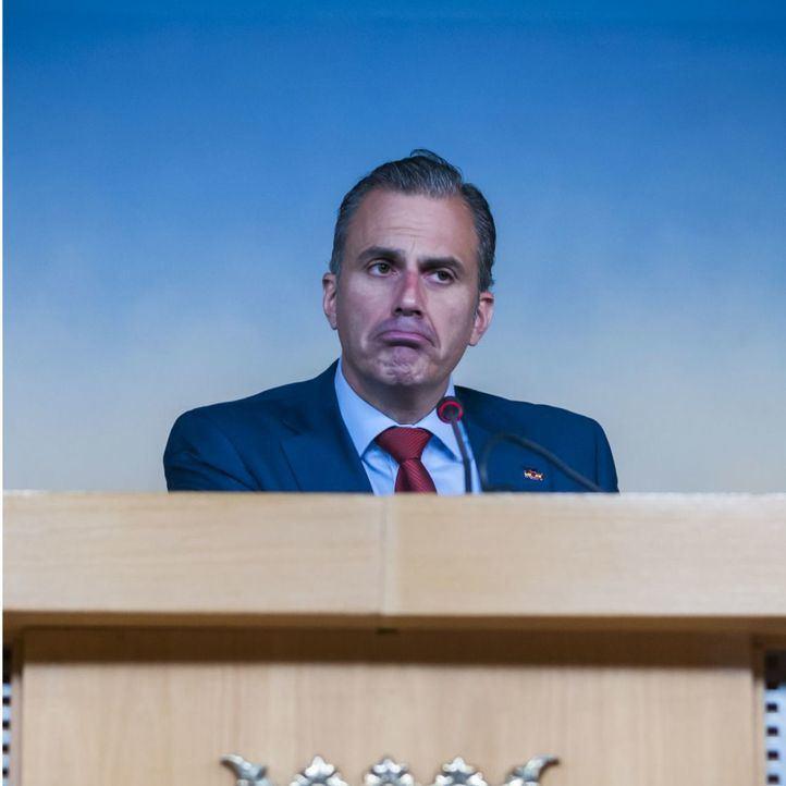Elevado al Supremo un proceso penal contra Ortega Smith por lesiones