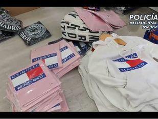 La Policía retira 1450 artículos falsos en Centro en la campaña de Navidad