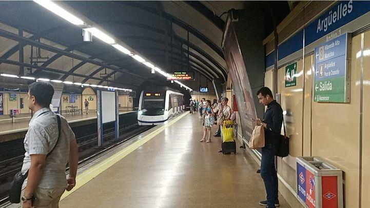 Estación de Metro de Argüelles.
