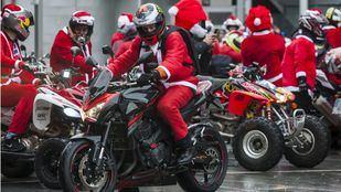 Madrid se llena de Papá Noeles moteros por una buena causa