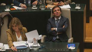 Almeida, momentos antes de aprobar los Presupuestos.