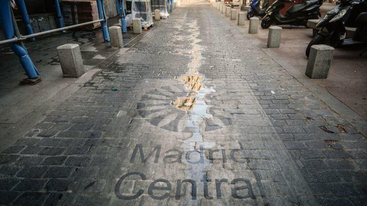 El año de la guerra contra la basura del Este y contra Madrid Central termina sin grandes soluciones