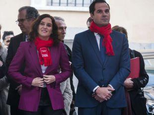 Ayuso avisa a Sánchez: acudirá a los tribunales si es necesario para defender España