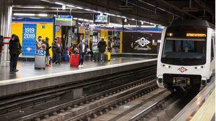 Metro reforzará varias líneas con motivo de la Cabalgata de Reyes