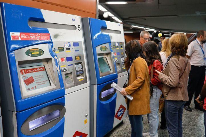 Máquinas expendedoras de Metro.