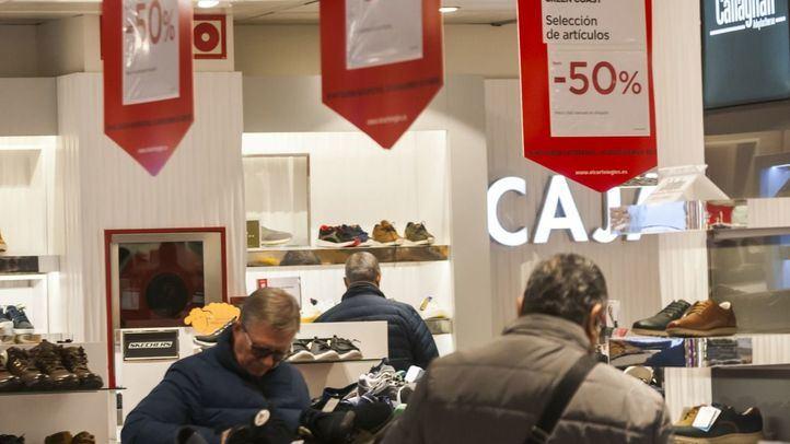 Los madrileños gastarán de media 250 euros en las rebajas