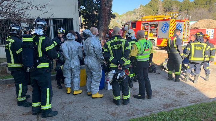 Los bomberos acuden a la Universidad Autónoma por una pequeña explosión en un laboratorio.