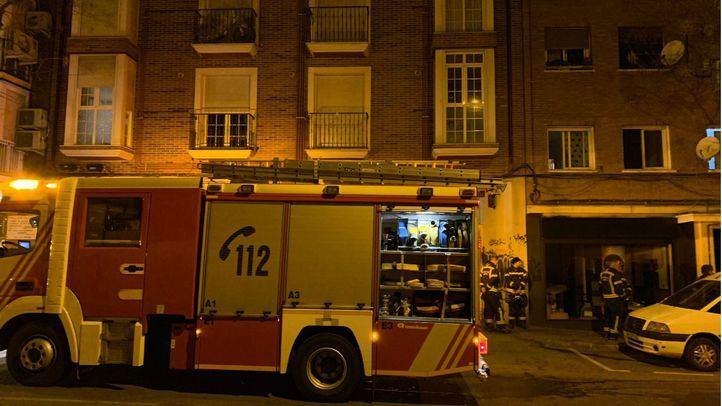 Un incendio en un edificio deja 11 personas atendidas