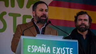Santiago Abascal ha leído un manifiesto en la concentración de España Existe en el Ayuntamiento de Madrid