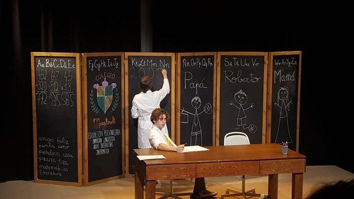 Tiza: la comedia que te coloca en el papel de profesor, padre y niño al mismo tiempo