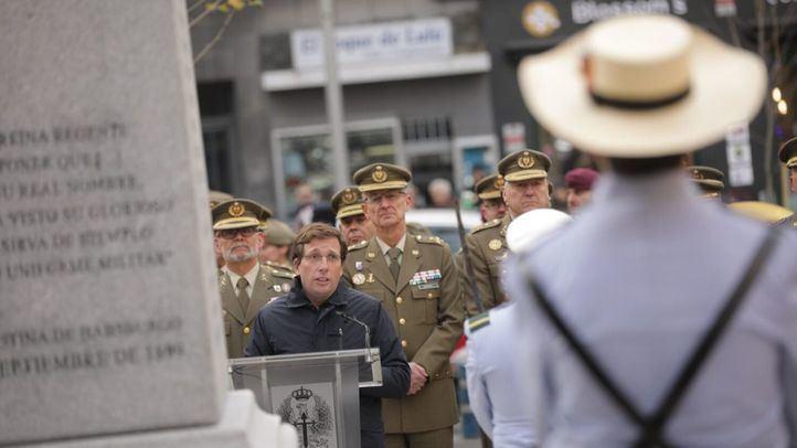 El alcalde inaugura un monumento dedicado a los héroes de Baler en el 120 aniversario de su gesta.