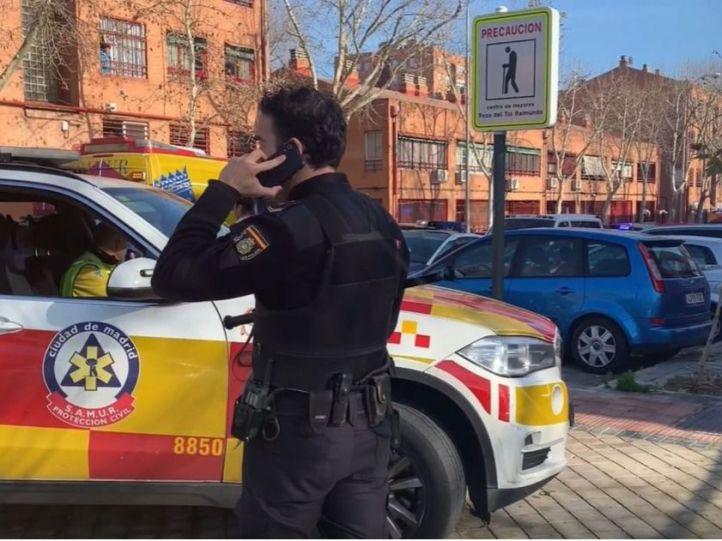 Recibe el alta el segundo policía atacado por un hombre en Vallecas