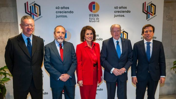 Todos los alcaldes de Madrid que siguen vivos, salvo Manuela Carmena, en la Jornada de celebración de los 40 años de Ifema.